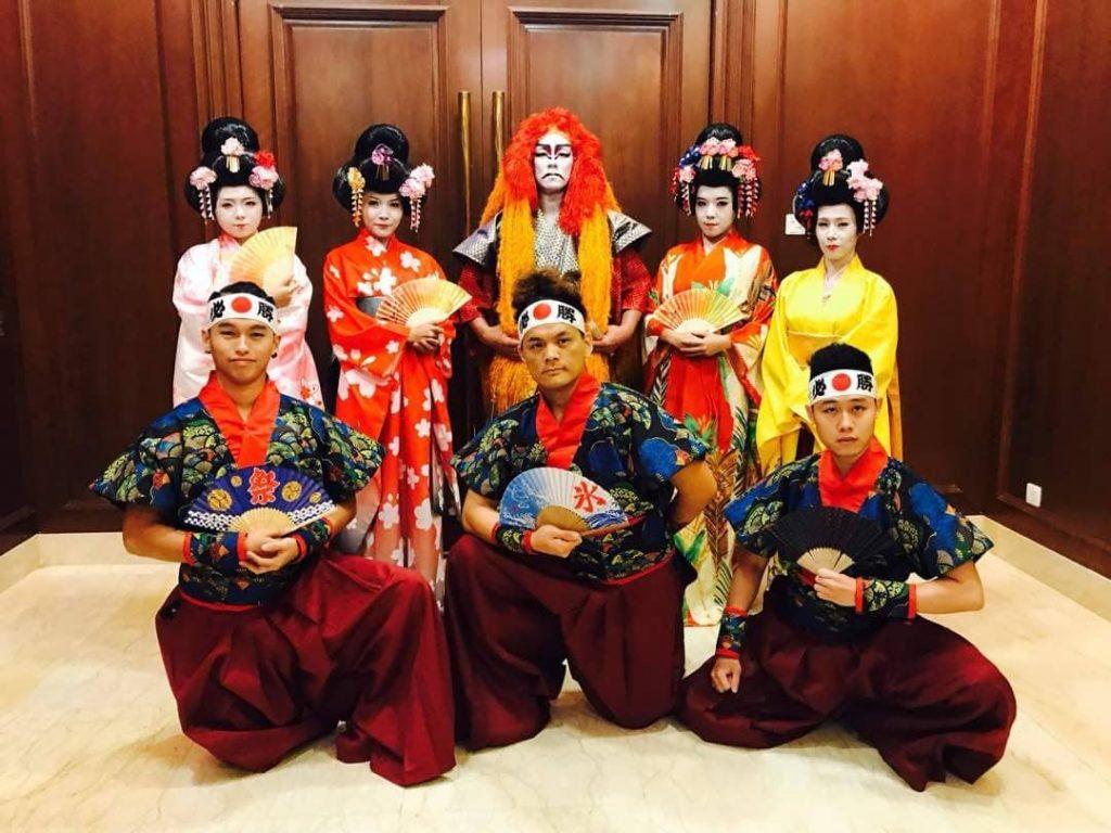Kabuki and Kimono Japanese Dancers